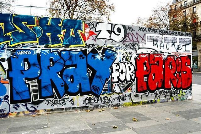 street-art-hommage-attentt-paris-13-novembre-2
